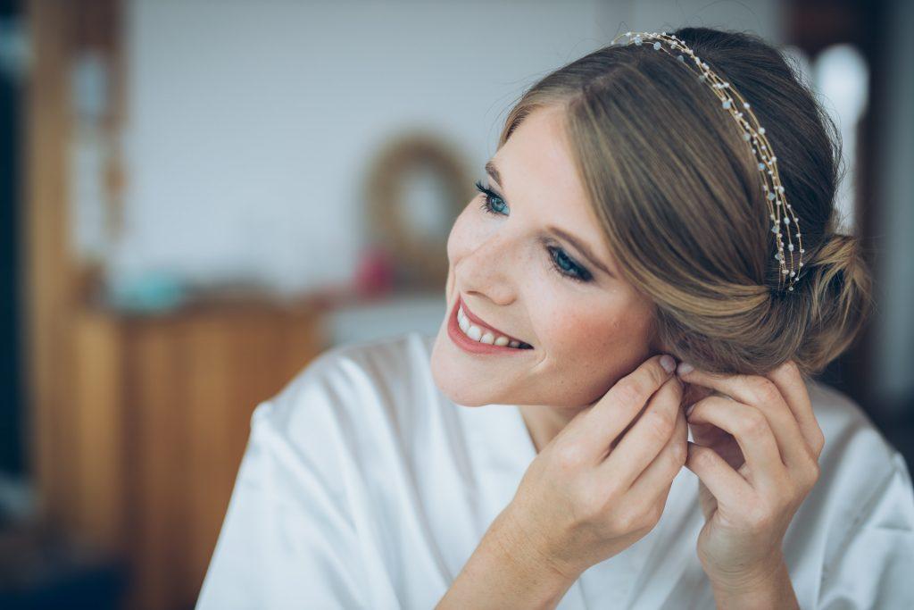 Headpiece und Ohrringe als Braut- Accessoire